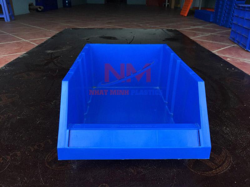 Sản phẩm thùng nhựa A8 354 x 210 x 143 mm