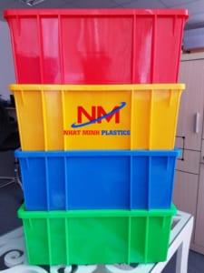 Khay nhựa nuôi cá đa dạng các sắc màu