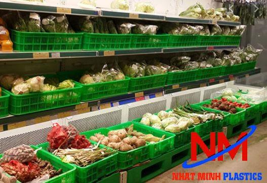 Rổ nhựa công nghiệp sử dụng rộng rãi trong các chuỗi siêu thị lớn nhỏ