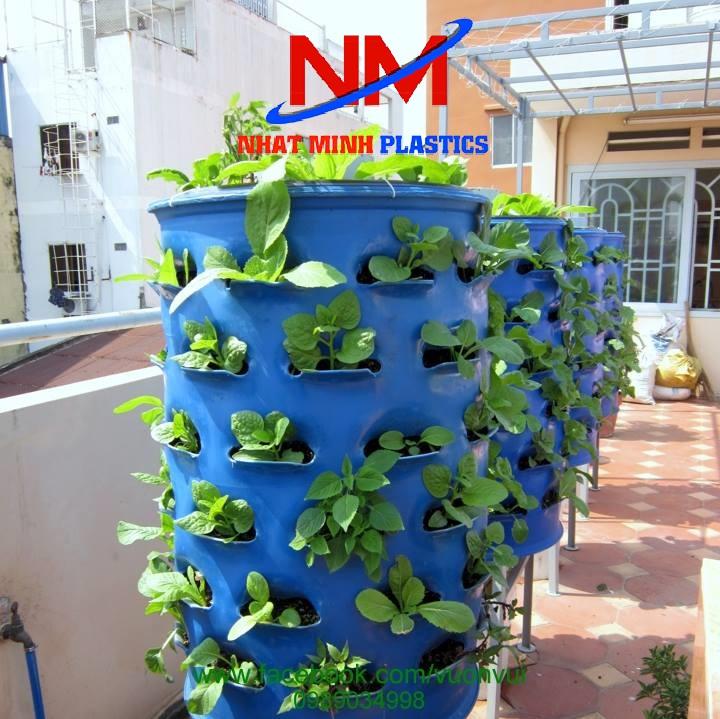 Thùng phuy nhựa cũ 220 lít làm tháp rau xanh