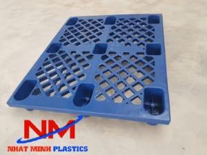 Pallet nhựa cũ chất lượng như mới-đạt 90%