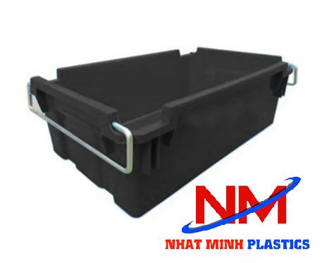 Thanh lý sóng nhựa bít có quai sắt màu đen,tình trạng mới 85%