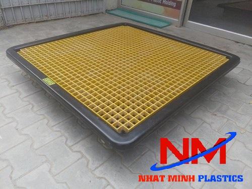 Tấm pallet nhựa lót sàn chống nước,chống ẩm mốc,mối mọt và cố định hàng hóa