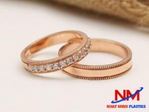 Nhẫn vàng hồng sang chảnh,tôn thêm nét nữ tính cho phái đẹp