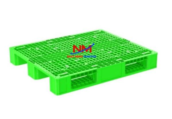 Nhật Minh thu mua pallet nhựa đã cung cấp với giá cao để bán pallet nhựa cũ và tái chế đúc lại pallet nhựa mới
