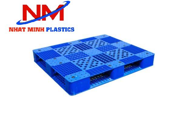 Mua pallet nhựa 4 đường nâng 2 mặt chất lượng