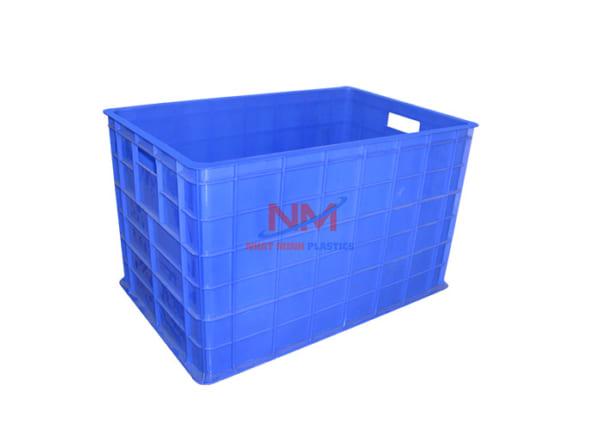 thùng nhựa sóng bít có 5 bánh xe