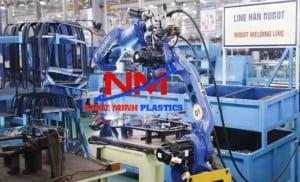 Khay nhựa công nghiệp trong các nhà máy,kho xưởng