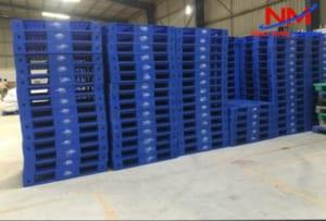Mua pallet nhựa tại Nhật Minh Plastics- Đơn vị hàng đầu Miền Bắc sản xuất Pallet nhựa mới nguyên sinh 100%