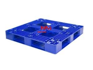 Mặt sau Pallet nhựa kích thước 1200 x 1200 x 150 mm