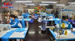 Trong ngành may mặc khay nhựa vuông cũng được sử dụng để chứa đựng và phân loại các sản phẩm vải
