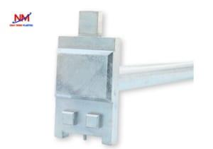 Dụng cụ mở nắp thùng phuy nhựa dài 335mm nặng 1,5 kg