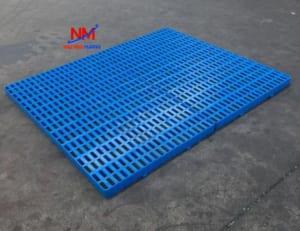 Pallet nhựa mỏng mặt hở kích thước 1000 x 600 x 100 mm