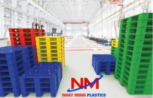 Pallet nhựa nguyên sinh HDPE mới