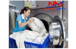 Rổ nhựa công nghiệp phân loại chăn ga gối quần áo trong các cơ sở y tế và khách sạn