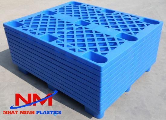 Pallet nhựa chân cốc Kích thước 1200 x 1000 x 140 mm